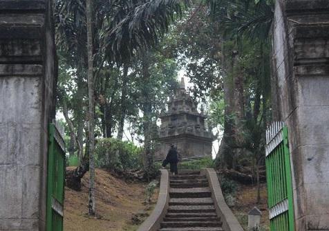Tiga Tempat Wisata Legendaris Di Garut Yang Wajib Dikunjungi